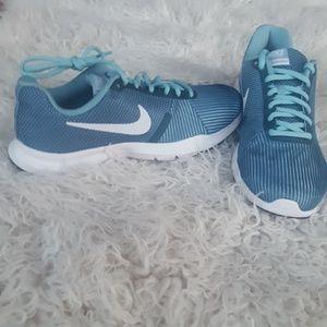 Brand new Nike flex Bijoux